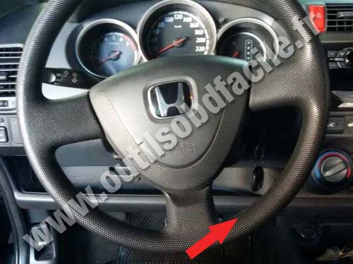 OBD2 connector location in Honda Fit (2002 - 2008 ...