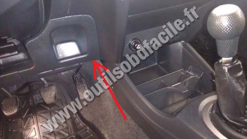 OBD2 connector location in Honda Fit (2007 - 2014 ...