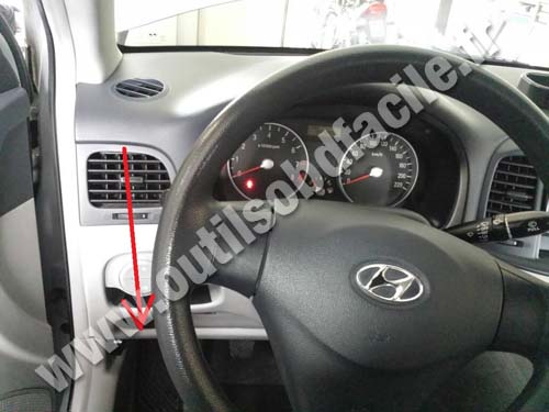 Hyundai Accent dashboard