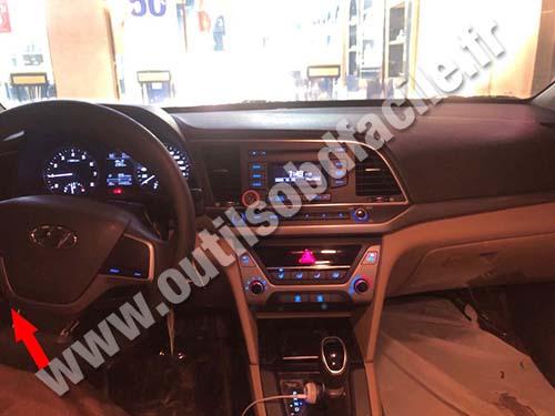 Hyundai Elantra - Dashboard