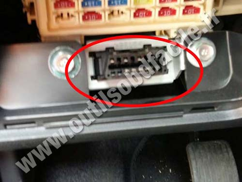 Obd2 Connector Location In Hyundai I10 2013 2016