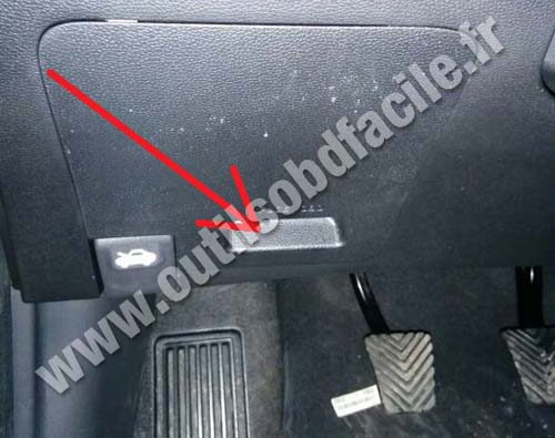 Obd2 Connector Location In Hyundai I20 2015 Outils