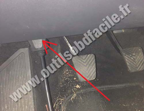 Obd2 Connector Location In Hyundai I30 2007 2012