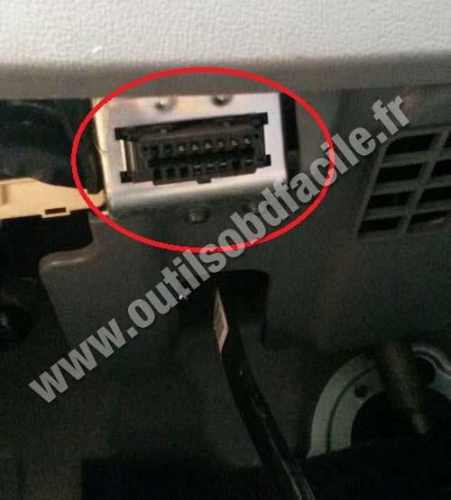 Hyundai Starex OBD2 connector