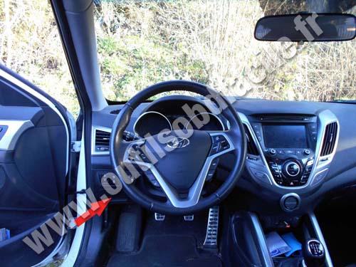 Hyundai Veloster - Dashboard