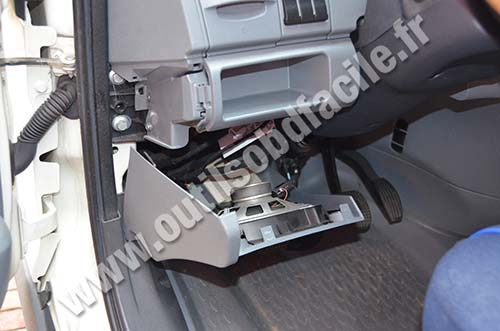 Obd2 Connector Location In Iveco Daily 2009 2013