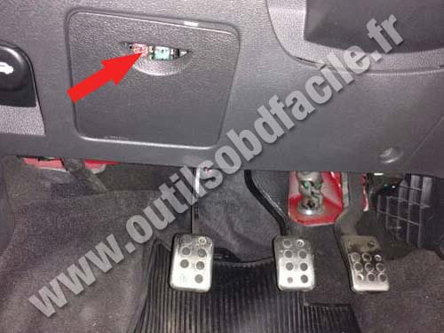 Obd2 Connector Location In Jac J3 S 2009 Outils