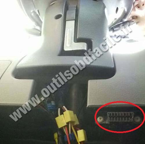 OBD2 connector location in Kia Rio 2000 2005 Outils OBD Facile – Kia Spectra Obd2 Ecm Wiring