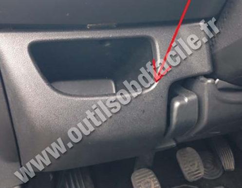 Lancia Delta storage compartment