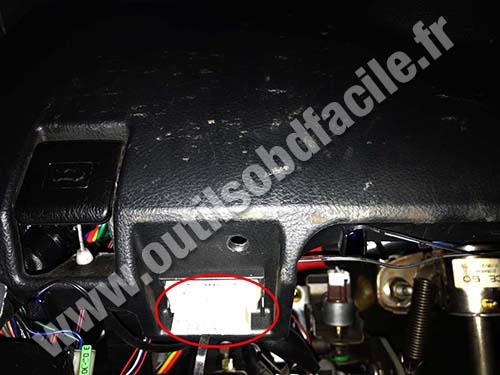 Lexus IS (XE10) - OBD port