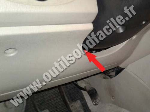 Lifan 320 - Steering wheel column