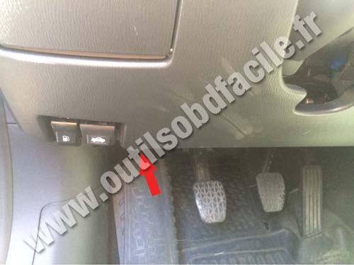 Mazda 6 - Footrest