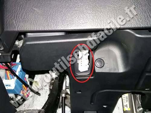 Obd2 Connector Location In Mazda Cx9 2007 Outils Obd Facilerhoutilsobdfacile: Mazda 5 Obd Port Location At Gmaili.net