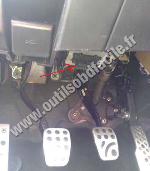 Mazda RX-8 brake pedal
