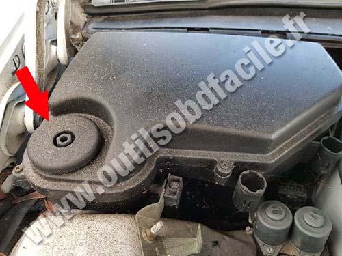 Mercedes C Class W202/S202 - Plastic cover