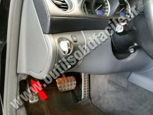 Mercedes SL - Pedals