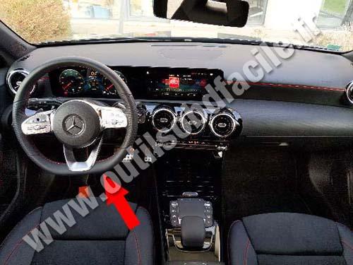 Mercedes A Class - Dashboard