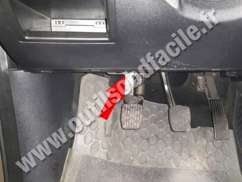 Mercedes A Class W169 - Pedals