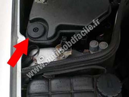 Mercedes CLK Class W210 - Plastic cover