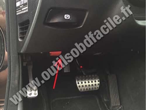 Obd2 Connector Location In Mercedes E Class W211 2003