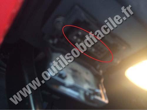 Mercedes R Class (W251) - OBD II socket