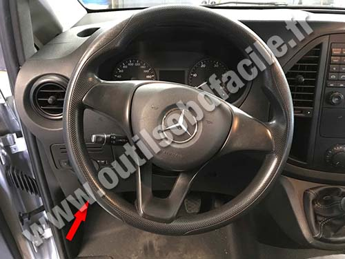 Mercedes Vito - Steering wheel