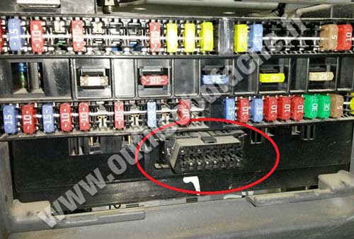 mitsubishi canter port diagnostic obd2 obd2 connector location in mitsubishi canter outils obd facile mitsubishi canter wiring diagram at creativeand.co