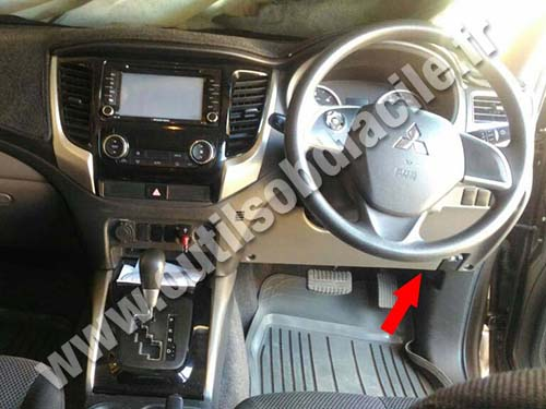 Mitsubishi L200 - Dashboard