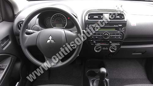 Mitsubishi Space Star Dashboard