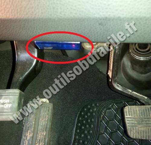 OBD2 connector location in Nissan Murano (2009 - 2013 ...