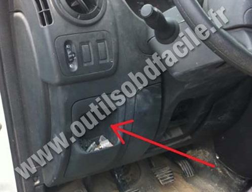 Nissan Nv Dashboard Steering Wheel Storage  partment furthermore B F Cc additionally  on nissan nv fuse box obd socket