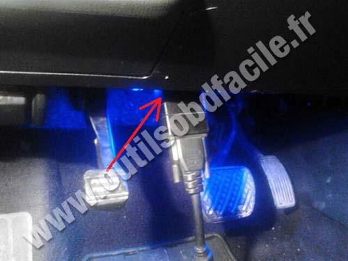 Nissan Teana OBD2 socket