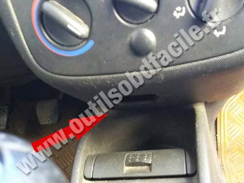 Obd2 Connector Location In Opel Combo B 2002 2011