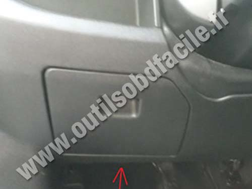 OBD2 connector location in Opel Combo C (2011 - ) - Outils ... on