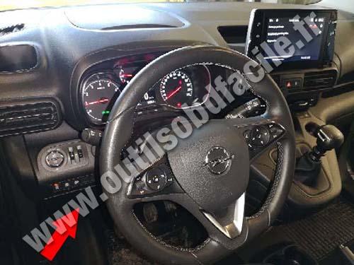 Opel Combo D - Dashboard