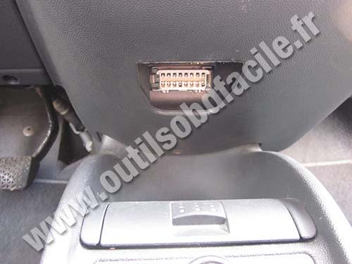 Obd2 Connector Location In Opel Corsa C 2000 2006 Outils Obd Facile