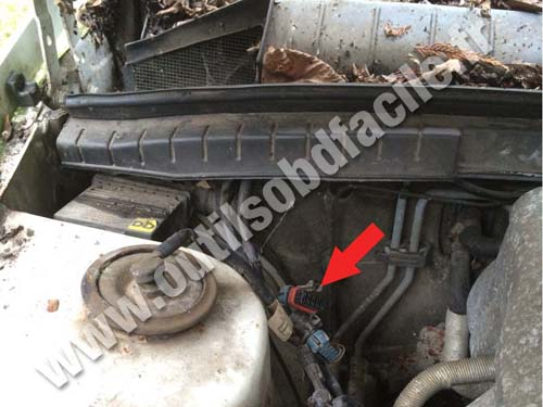 Opel Senator - Engine compartment