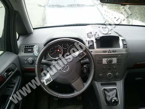Opel Zafira B Dashboard