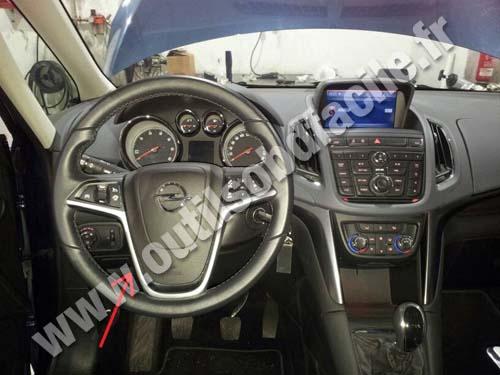 Opel Zafira C Dashboard