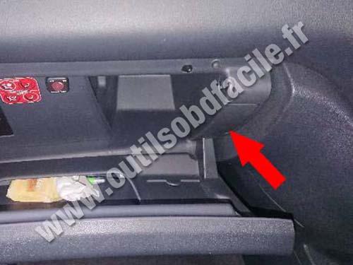 Peugeot 3008 Plastic cover