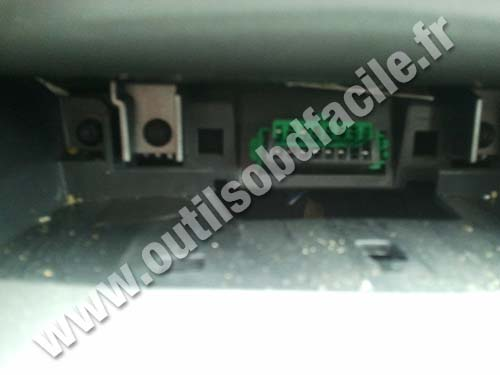 OBD2 connector location in Peugeot 308 (2007 - 2013 ...