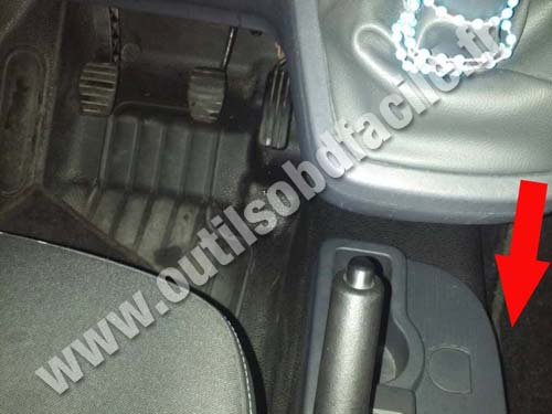 obd2 connector location in renault kangoo ii russia. Black Bedroom Furniture Sets. Home Design Ideas