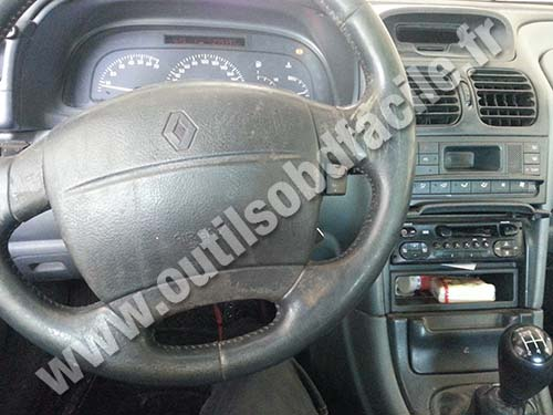 Renault Laguna 1 Phase 2 dashboard