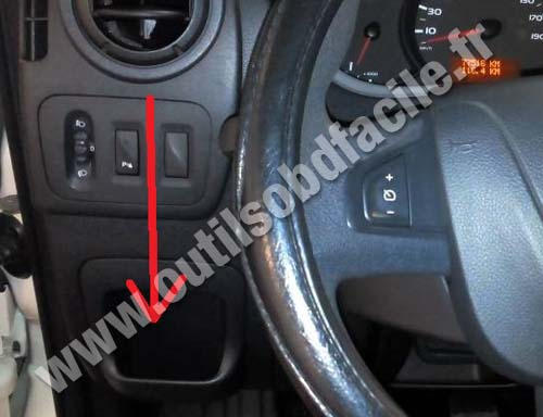 obd2 connector location in renault master 3  2010