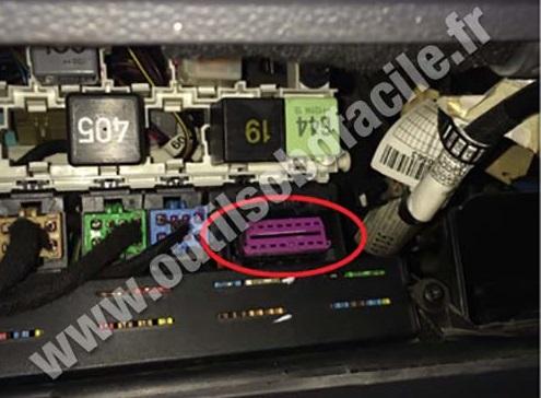 Seat Cordoba OBD diagnostic plug