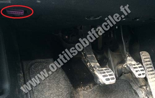 Skoda Octavia OBD socket