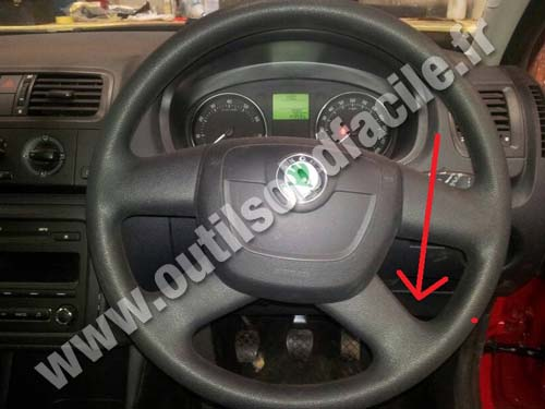Obd2 Connector Location In Skoda Roomster 2006 2015