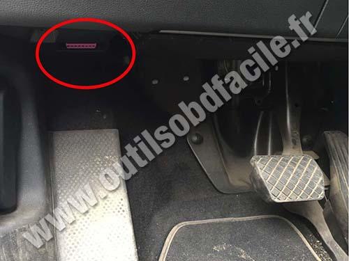 Obd2 Connector Location In Skoda Yeti 2009 Outils Obd Facile