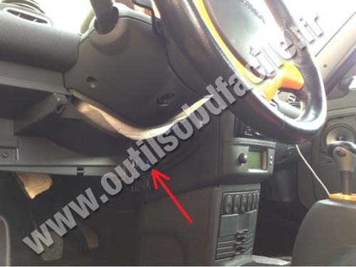 Obd2 Connector Location In Smart Roadster 2002 2007