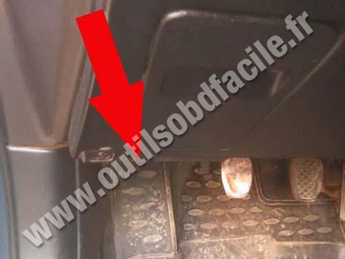 Subaru Legacy Footrest